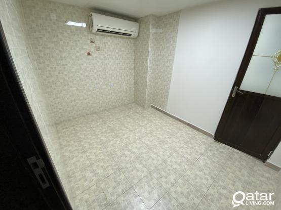 Studio UF without kitchen in Muntuza