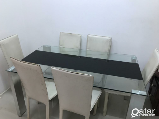 Dinning table Full glass model from pan emirates