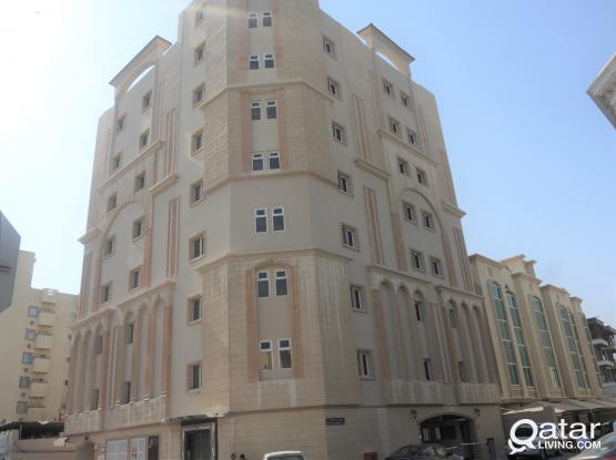 Spacious 2BHK Apartment in Munthaza opposite Al Meera