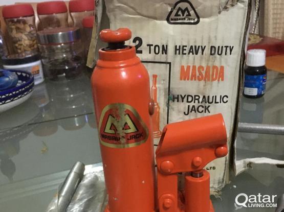 2ton Hydrolic Heavy Duty Jack, HP printer, Plastic cabinate, availablefor sale