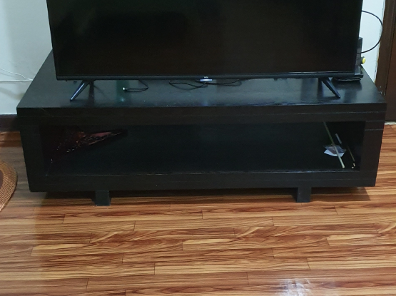 TV stand, Teapoy