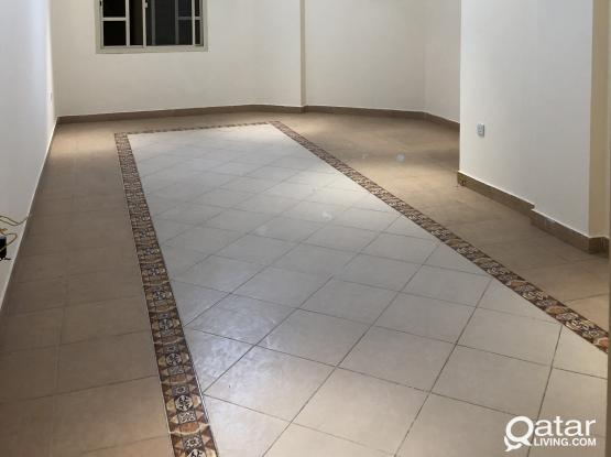 3 BED ROOM 3 WASH ROOM BIG HALL AND CLOSED KITCHEN FLAT AVAILABLE IN AL MANSOURA