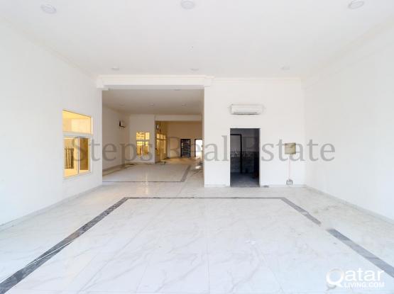 Huge Brand New Semi Commercial Villa in Izghawa