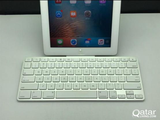 apple ipad 3 64gb with apple keyboard docking