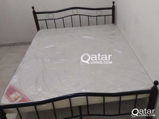 Steel Bed with Good and Clean Mattress for couple use