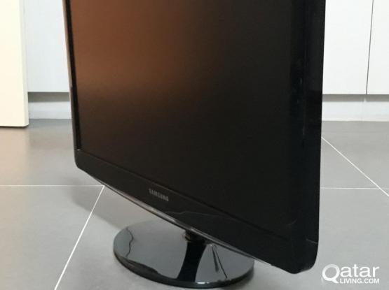 """Samsung 23"""" FHD monitor  - SyncMaster B2330"""