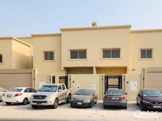 Huge 7bhk villa for executive Staff in Abu Hamour!!