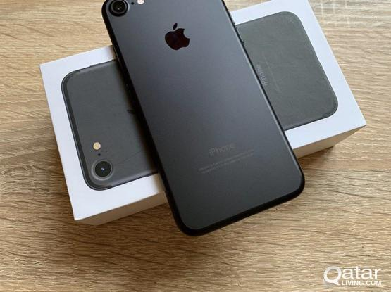 iPhone 7 32/128 gb with warranty