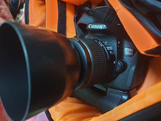 Canon 700D with accessories