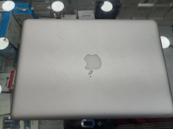 MacBook pro 2010 mid