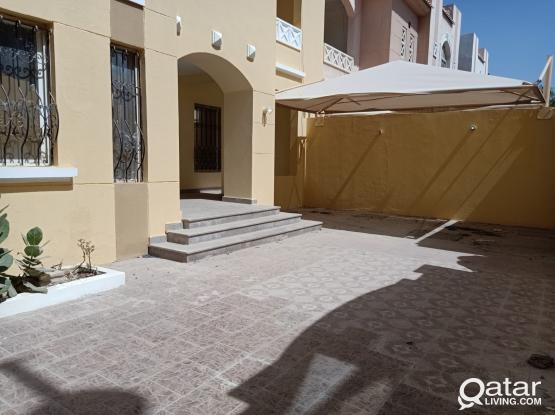 SPACIOUS 7 BED STAND-ALONE VILLA, THUMAMA