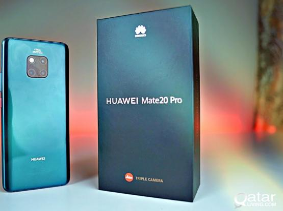 Huawei Mate 20 Pro - Excellent Condition - With Smart View and 2 Extra Back Covers