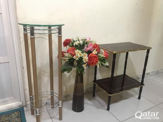 table, stand flower pot