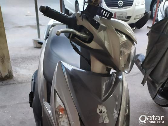 Suzuki Motorcycle IN 125 2019