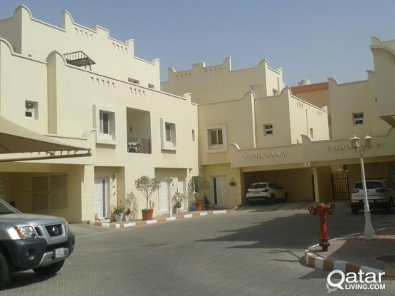 Promo rent - 4 bedroom villa, semi furnished, Including Water, electricity charges, Serene compound |Near to The Mall
