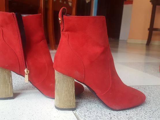 Brand new heel/shoes