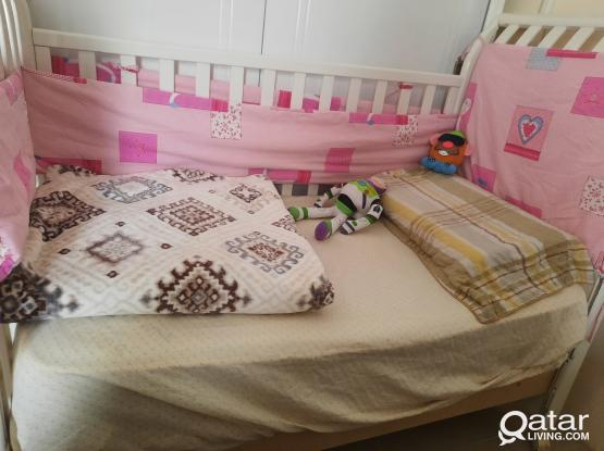 250qr good condition  baby bed &medical mattress