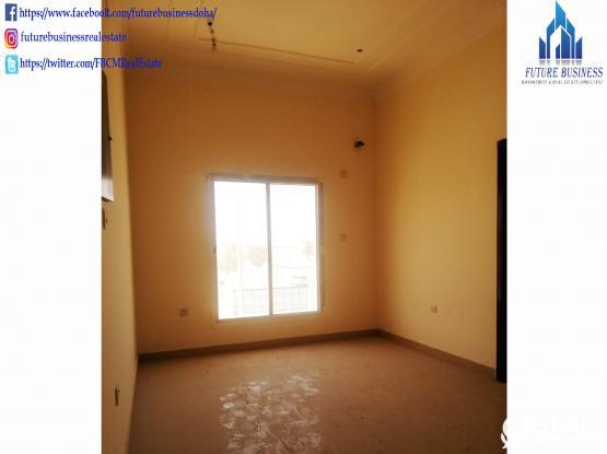 5BHK Unfurnished Standalone villa in Luqtah