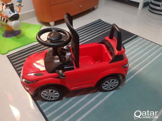 Sit on car - Range Rover Evoque