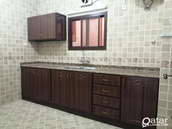 For rent in Bin Omran apartment consisting of 2 rooms, hall kitchen and 2 bathrooms,