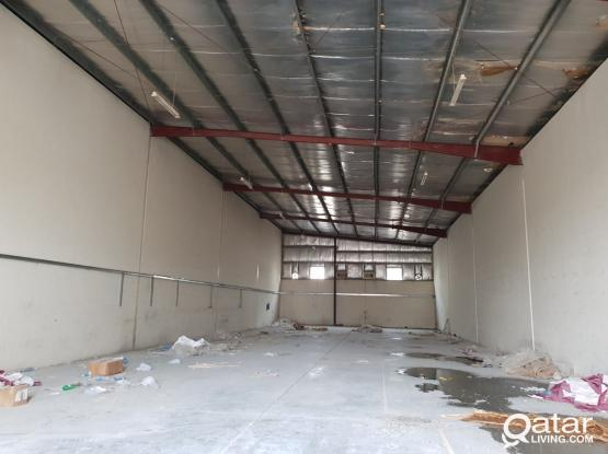 700  m2  store  500 m2 open area   in industrial area