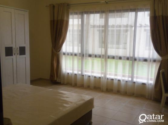 Modern luxury villa with front  and backyard one month free utility bills included