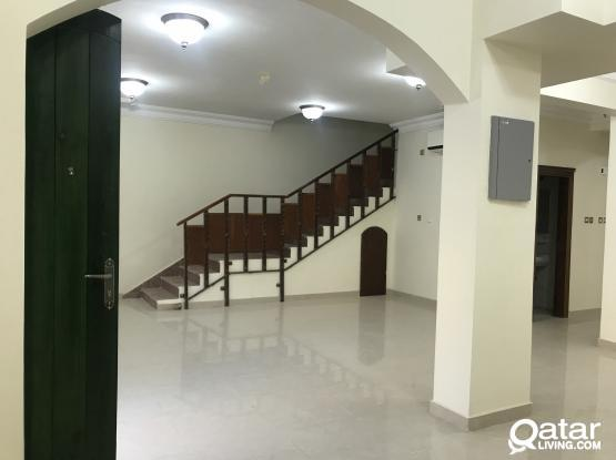 Spacious Compound villa 6 bedrooms with driver room reduced rent 9500 one month free