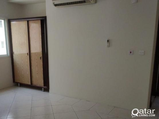 Bed Space For Executive Bachelors in Muntaza