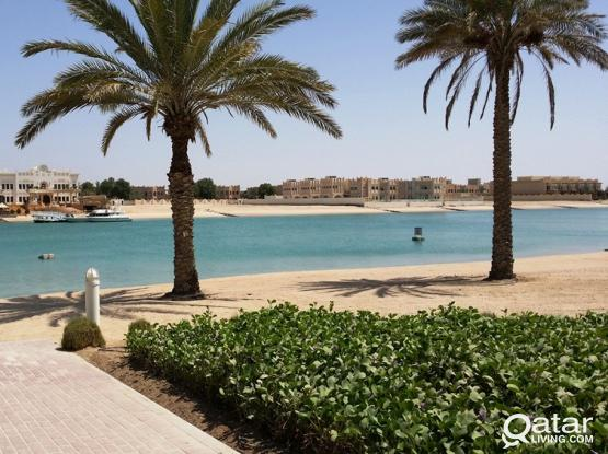 * * * 4 BR + Maid + Pool Villa in Lagoon * * *