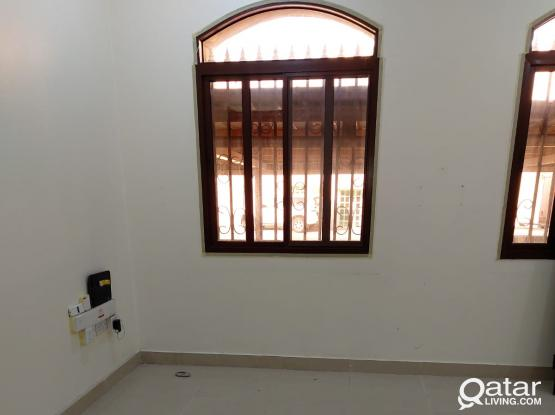 3912 Unfurnished 3 BHK Apartment for Rent in Doha