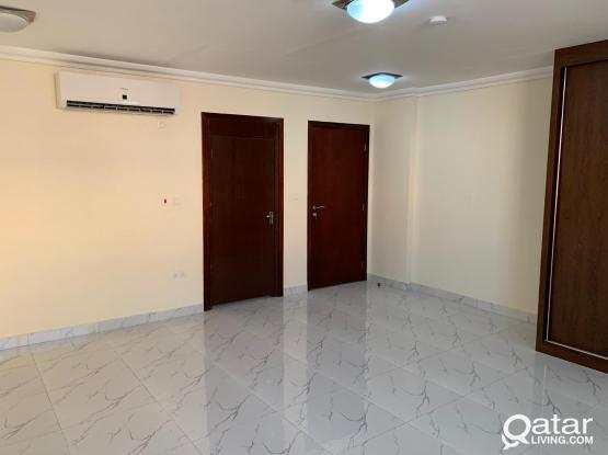 (Ladies & Families Only) Spacious and Clean Studio for Rent Beside Tawar Mall