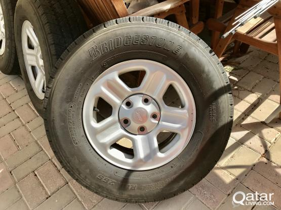 Jeep Wrangler - 5-Wheel Rims & 5-Tires (All for QAR-1100)