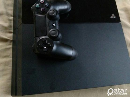 PS4 500GB/2 games/1 controller