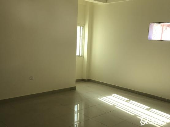 3BHK SPACIOUS APARTMENT AVAILABLE IN MANSOORA (BIN DIRHAM, BEHIND LULU EXPRESS), FOR FAMILY