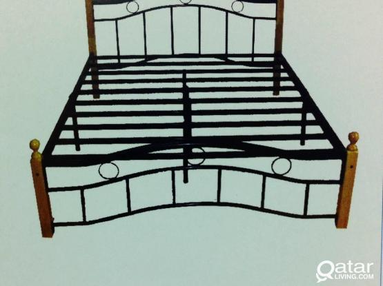 WOODEN STEEL BED DOUBLE 150x190 FORE SALE