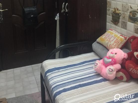 Single room available near Villajo aziziya call 70087275
