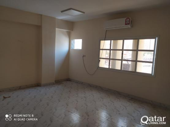 5BHK FLAT BACHLOR DOHA JADEED (5 ROOM 4 TOILET)