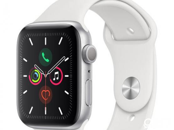 Apple Watch Series 5 (GPS, 44mm, Silver Aluminum Case, White Sport Band)