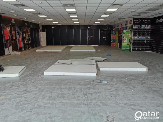300.sqm SHOP / SHOWROOM FOR RENT IN ABUHAMUR