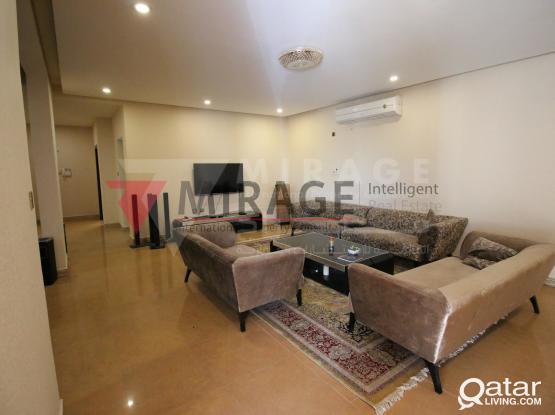Spacious 7 Bedroom Family Villa    Al Sakhama