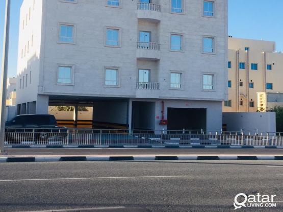 Unfurnished 3 BHK Apartment with AC available for rent Near AL Khor LULU Mall