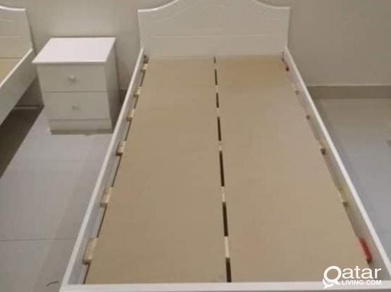 SINGLE WOODEN BED 90X190 WHITE AND BROWN COLOUR - PH: +97477850533