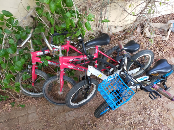 Kids bikes (free delivery)