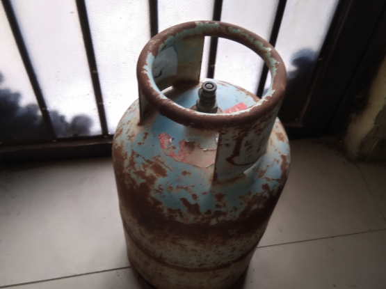 Metal gas cylinder free delivery to your door