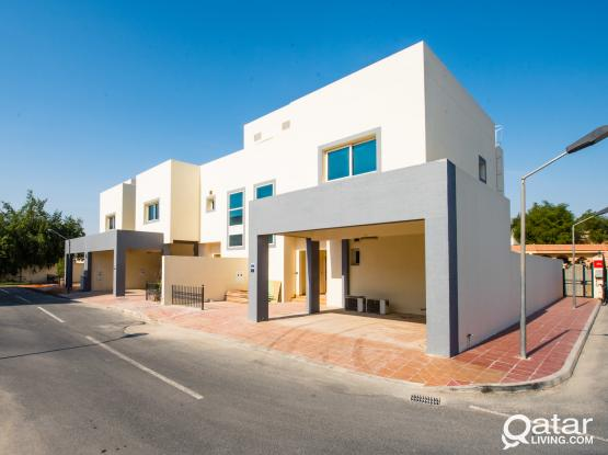 VERY SPACIOUS 3 BED VILLA NEAR MIRQAB MALL (NO COMMISSION)