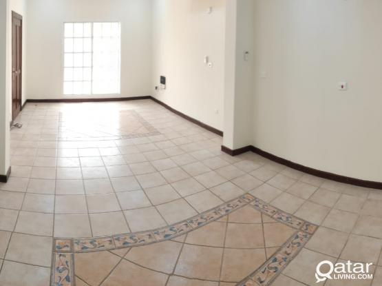 stand alone, spacious! 5 bedroom villa for rent in Wakra