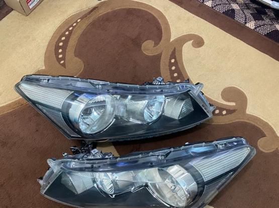Honda Accord 2008-12 Original HeadLight Pair