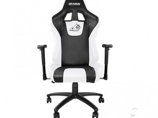 Dragon war Gaming Chair GC 004 كرسي الجيمنغ دراغون وار
