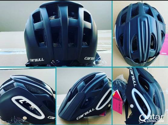 Brand New Helmet & Cycling gloves