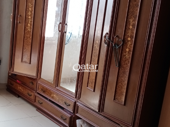 6 doors wardrobe in dismantled form